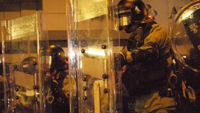 Hong Kong: Repeal Face Mask Ban & Protect Right to Peaceful Assembly